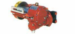 treuil forestier a commande hydraulique